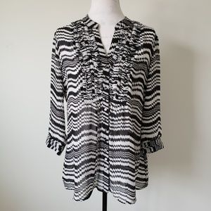 Chico's Sheer V Neck Ruffle Front Blouse Womens M
